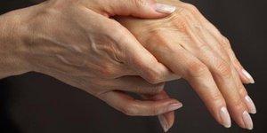 Почему немеет кисть и пальцы