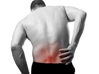 Рассмотрим причины и лечение препаратами болей в спине в области поясницы