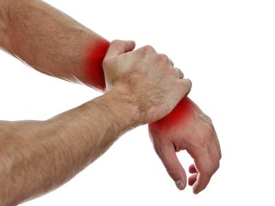 Болит рука выше запястья