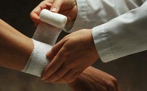 Растяжение мышц руки: основные симптомы и методы лечения при ...