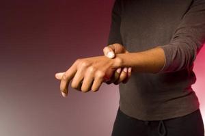 Ноет рука от плеча до кисти