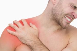 Плечевой сустав боль при поднятии руки