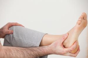 Боли в пятках могут возникать от усталости или из-за болезни.