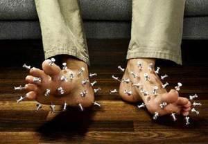 Болят ступни ног - что делать?