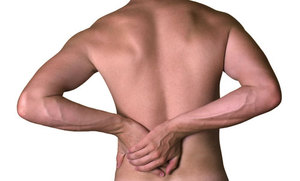 Болит спина сзади слева