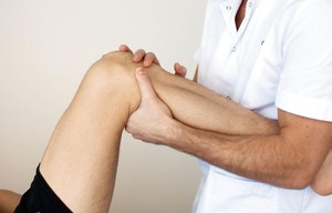 Почему покалывает на сгибе голеностопного сустава голеностопный сустав клиники германии не дорого